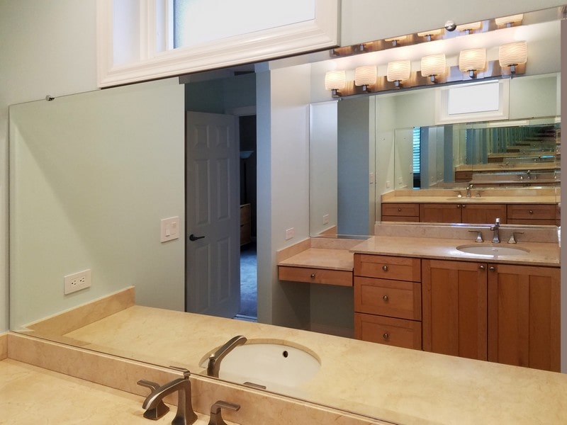 Chicago Glass Custom Bathroom Mirrors