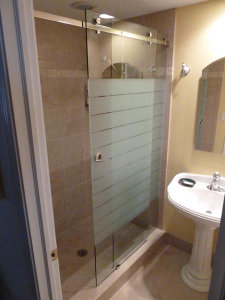 View Larger Image & Sliding Etched u0026 Sandblasted Shower Doors | Creative Mirror u0026 Showers pezcame.com