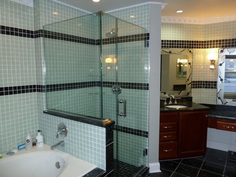 Corner Enclosure Frameless Shower Door