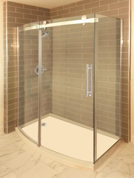 Novara Creative Mirror Amp Shower