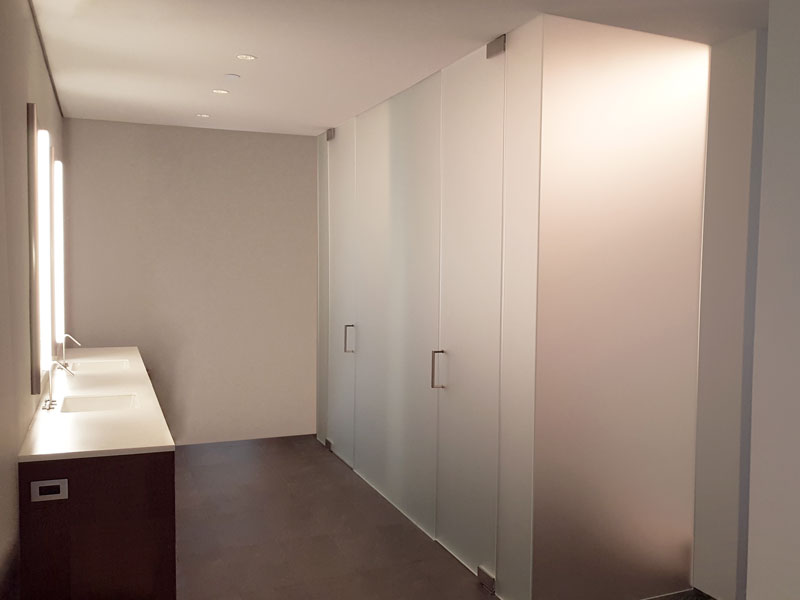 Chicago Glass Wet Rooms and Shower Doors